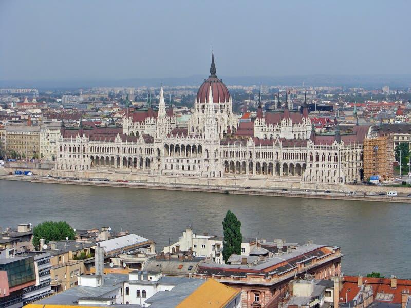 从城堡小山,布达佩斯的议会 免版税库存图片