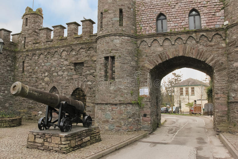 城堡废墟 入口曲拱 Macroom 爱尔兰 免版税库存照片
