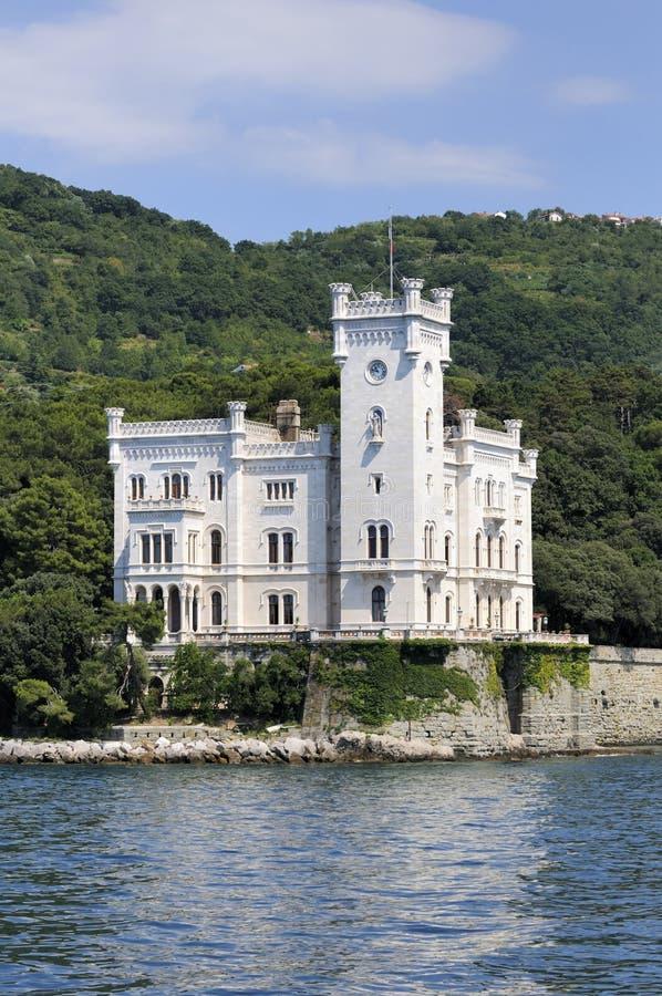 城堡意大利miramare的里雅斯特 免版税库存图片