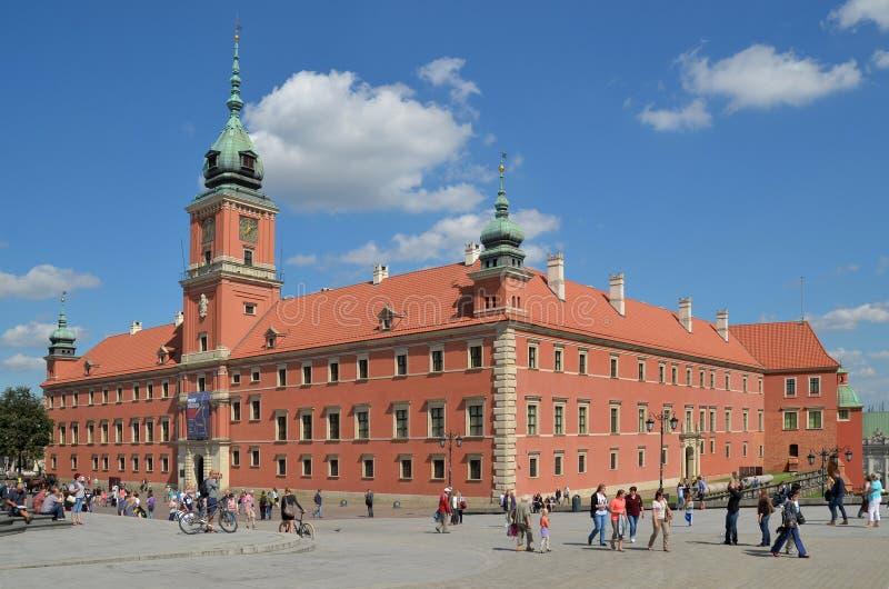 波兰华沙_皇家城堡在华沙是波兰国君的官邸 在纳粹完成的毁灭以后在华沙起义