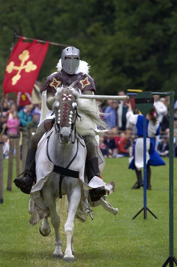 城堡英国马背射击的骑士英国warwick 库存图片