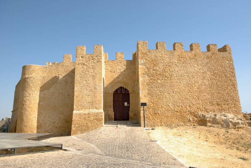 城堡chiaramonte西西里岛 免版税库存图片