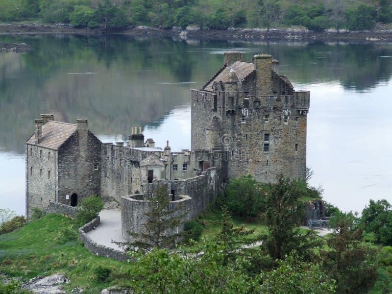 城堡donan eilean小山 库存照片
