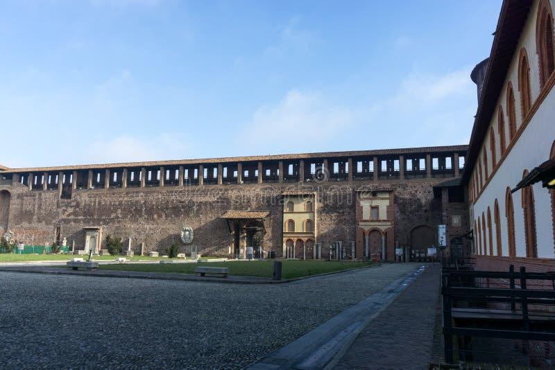 城堡Sforzesco庭院 免版税图库摄影