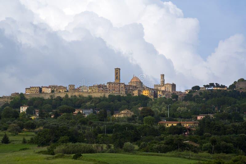 城市中世纪volterra 库存图片