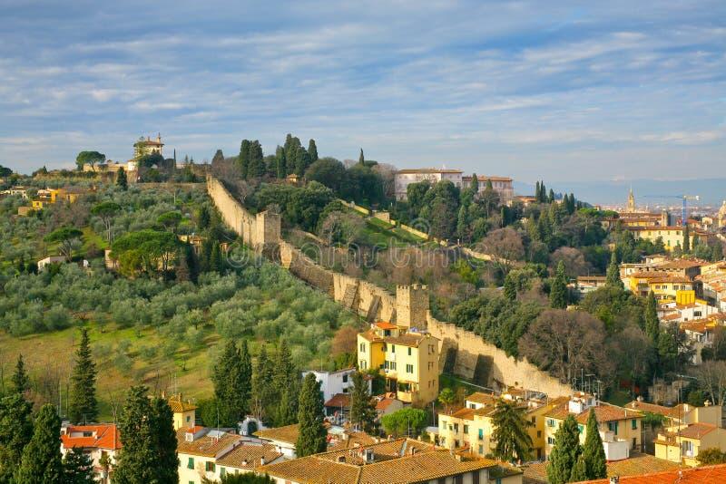 城市佛罗伦萨老托斯坎视图墙壁 免版税库存图片