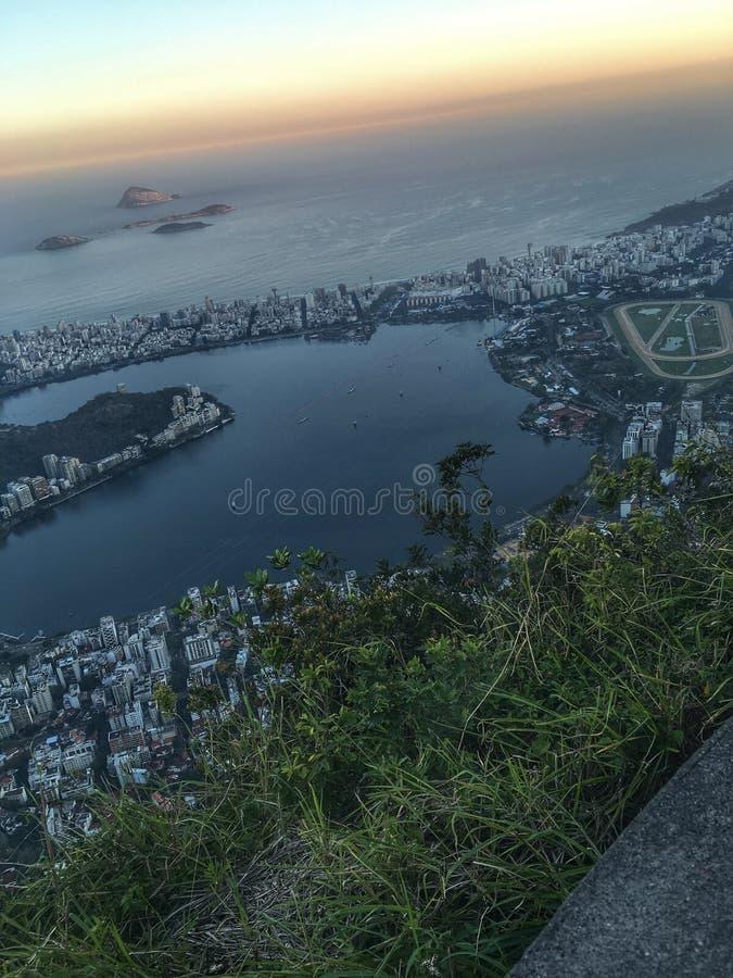 城市和自然风景 免版税库存照片