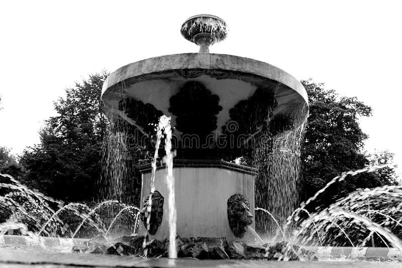 城市喷泉Cherepovets俄罗斯 免版税库存照片