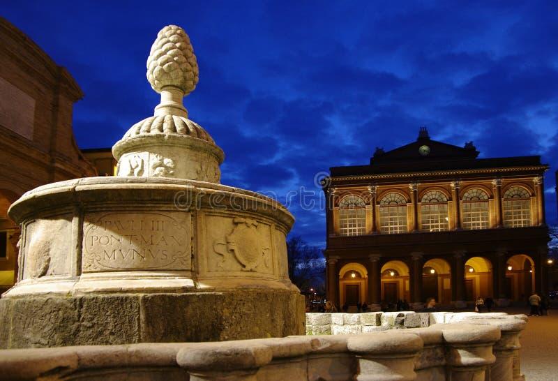 城市喷泉idella意大利n pigna里米尼 免版税库存照片