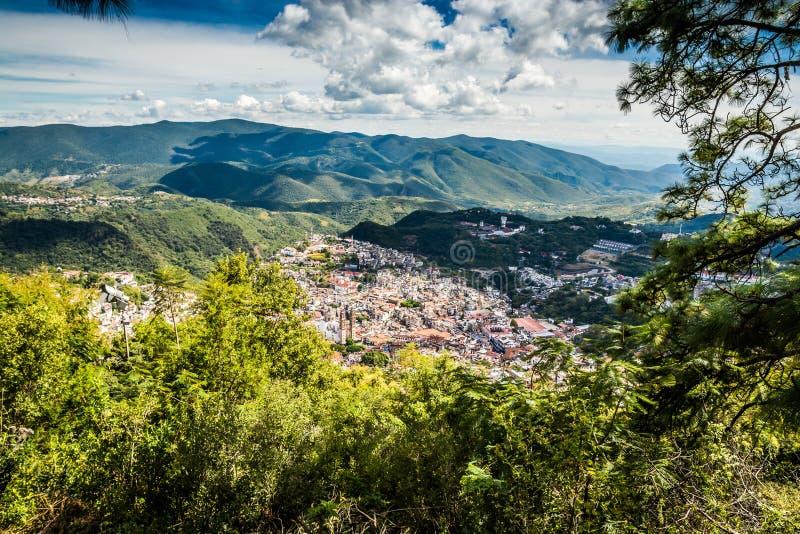 城市塔克斯科,格雷罗州,墨西哥全景  库存图片