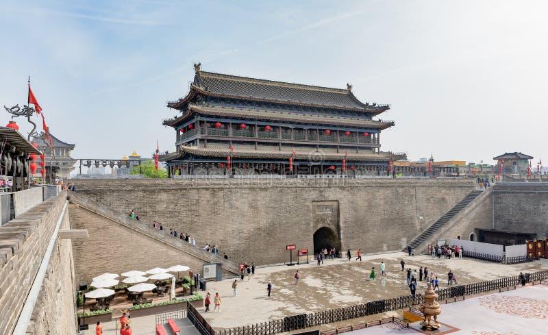 城市墙壁的永宁门南关在Xi'的;或西安 库存图片