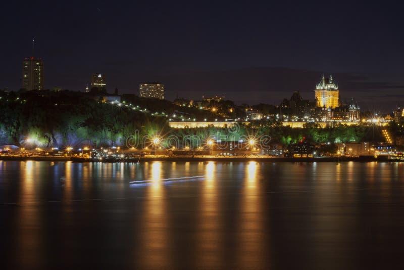 城市夜间光  库存图片