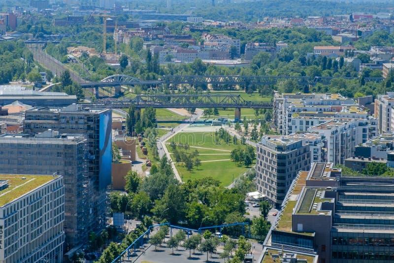 城市天线-公园在街市柏林 免版税库存图片