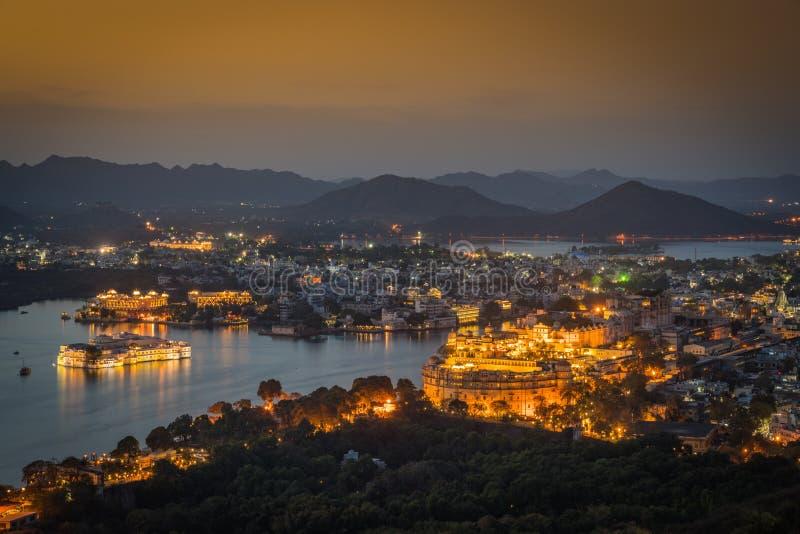 城市宫殿鸟瞰图  印度udaipur 免版税库存图片