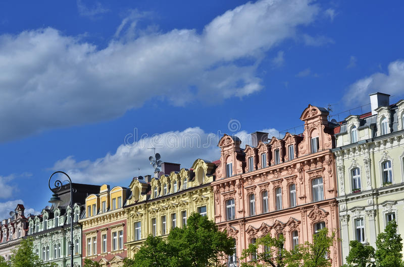 城市捷克karlovy共和国塔变化视图 免版税图库摄影