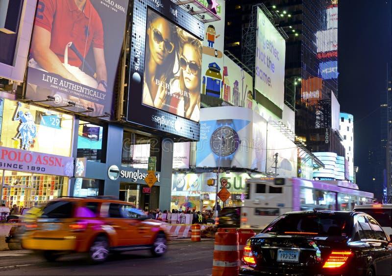 城市新的晚上正方形计时约克 库存照片