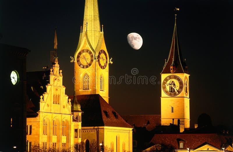 城市月亮晚上苏黎世 免版税库存照片