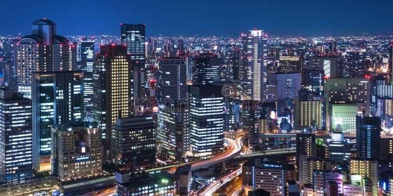 城市的夜视图 库存照片