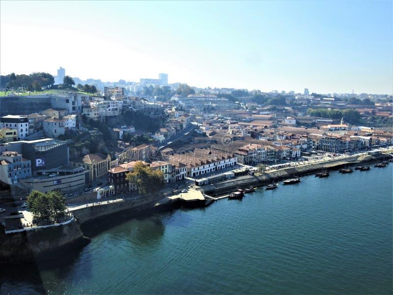 城市的看法-加亚新城 葡萄牙 库存照片
