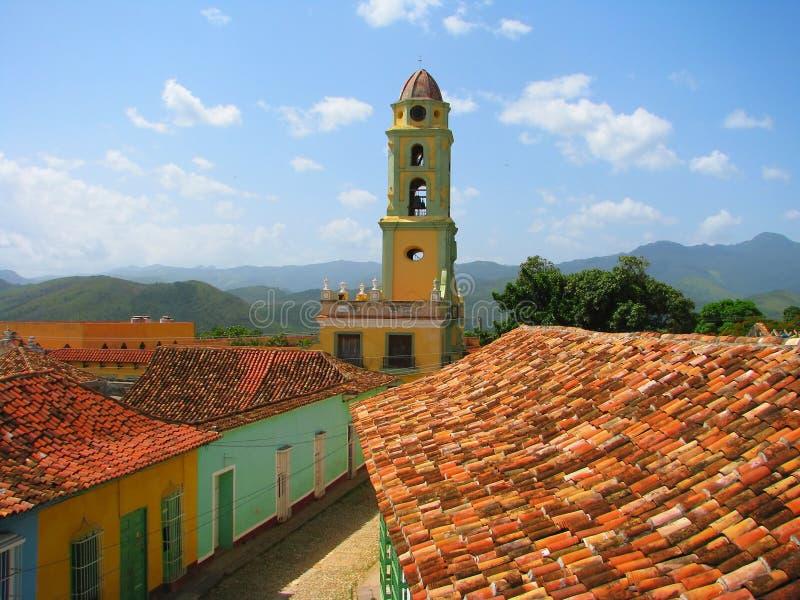 城市老屋顶特立尼达视图 库存照片