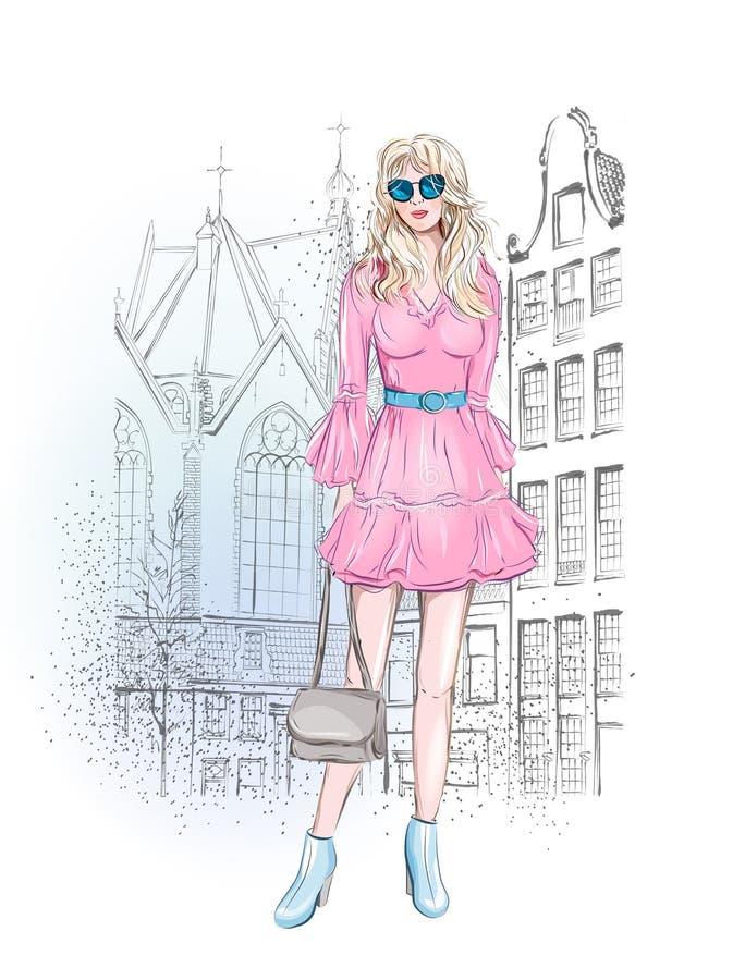 城市背景的Beautyful年轻时尚女孩 手拉的向量例证 草图 方式例证 都市浪漫 图库摄影