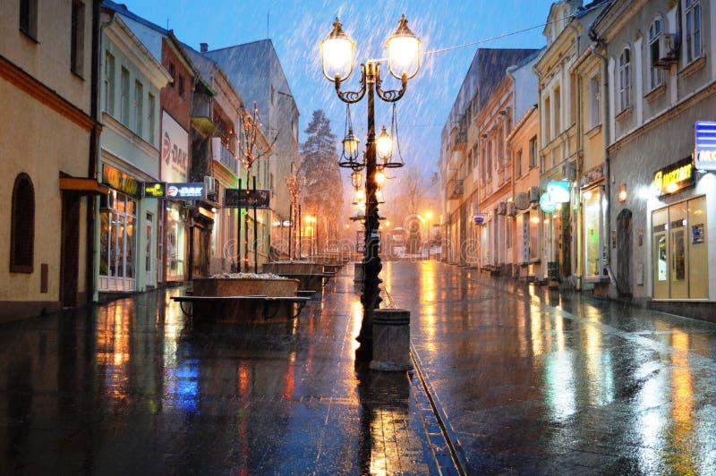 城市街道在雨中 图库摄影