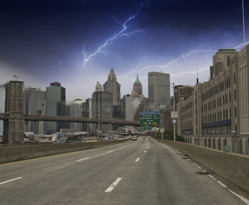 城市覆盖新在摩天大楼约克 库存图片