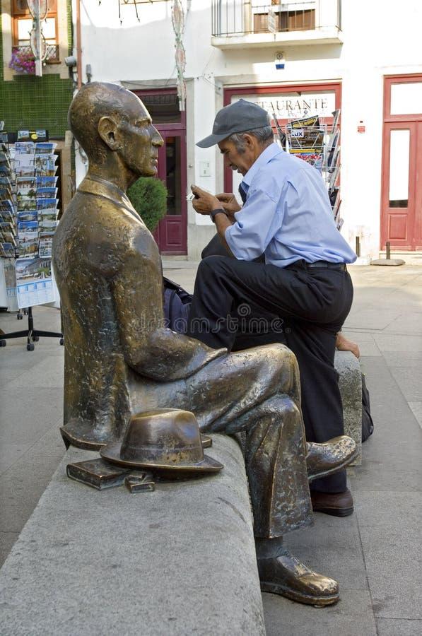 城市视图Ponte与雕象和给打电话人的de利马 库存图片