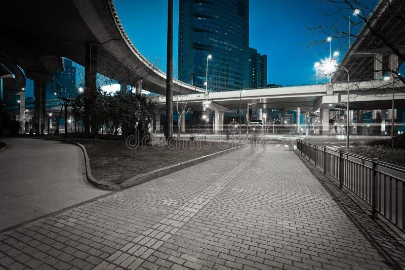 城市道路天桥夜场面高架桥桥梁  图库摄影