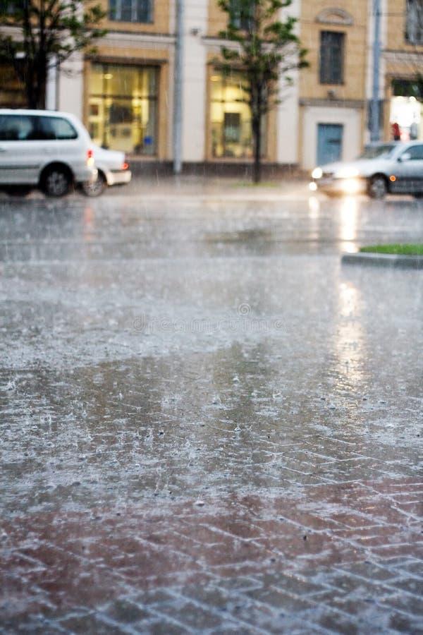 城市雨 免版税库存图片