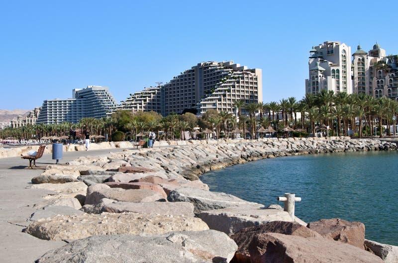 城市eilat港口海滨广场 免版税库存图片