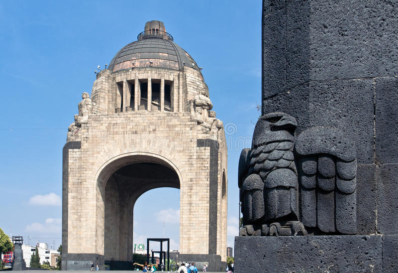 城市la墨西哥monumento revolucion 免版税库存照片