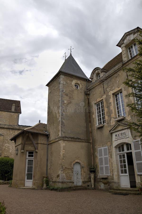 城市Mairie在圣玛丽附近从良的妓女Basilique的在Vezelay修道院里 伯根地酒法国 图库摄影