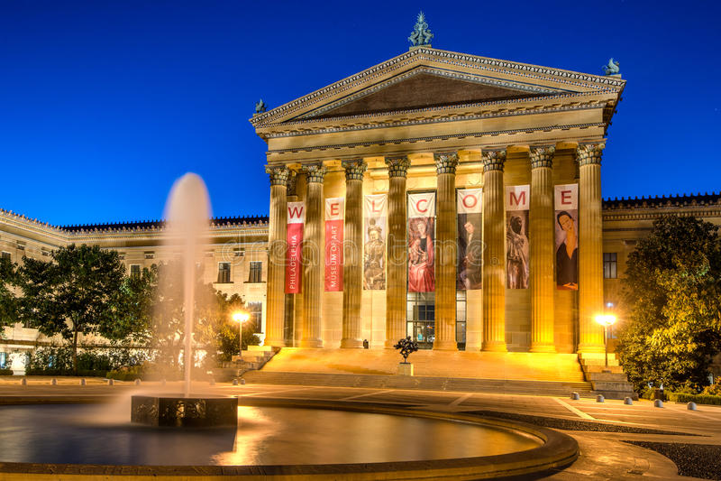 费城美术馆和喷泉 免版税库存照片