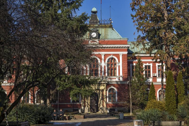 城镇厅大厦在丘斯滕迪尔,保加利亚镇  免版税库存照片