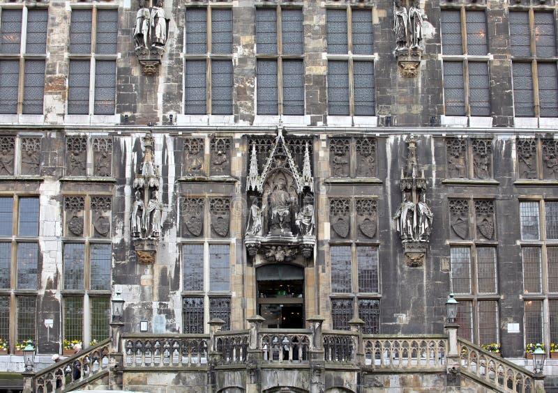 城镇厅门面在亚琛,德国 免版税库存照片