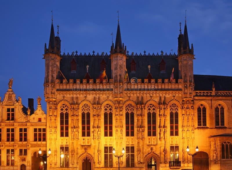 城镇正方形在布鲁日 富兰德 比利时 免版税库存照片