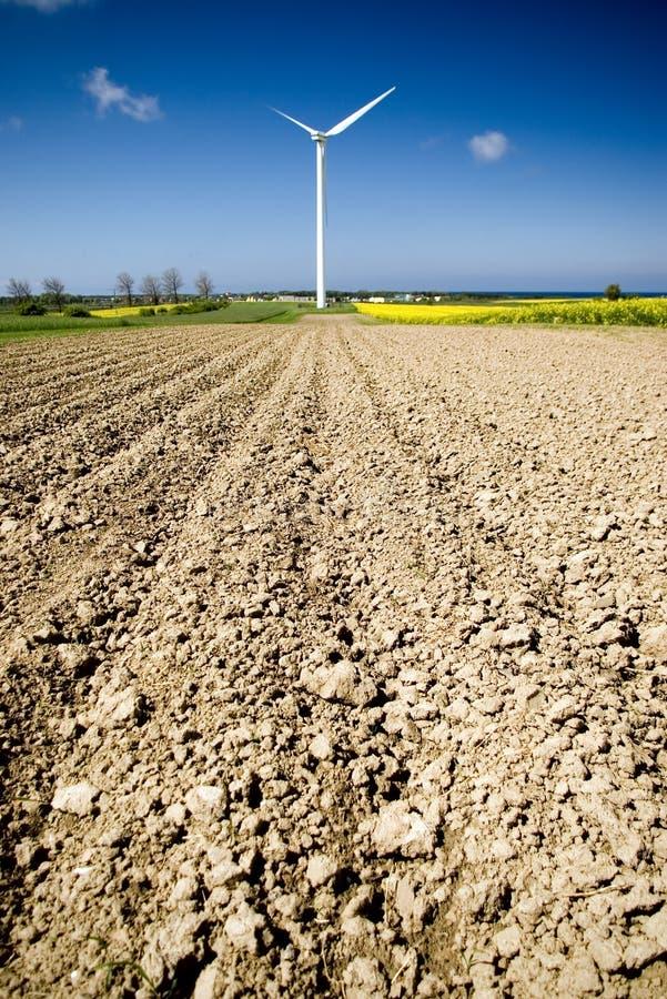 域被耕的涡轮风 免版税库存图片