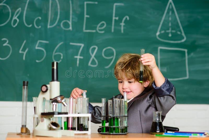 基本知识小学教育 o E 迷人的主题 o 图库摄影