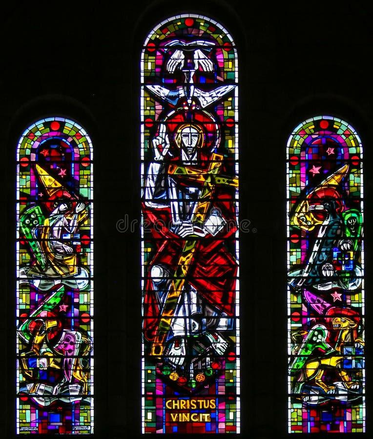 基督和四名福音传教士彩色玻璃  库存照片