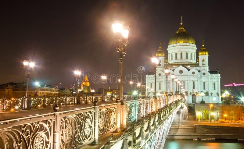 基督大教堂救主在晚上 免版税库存图片