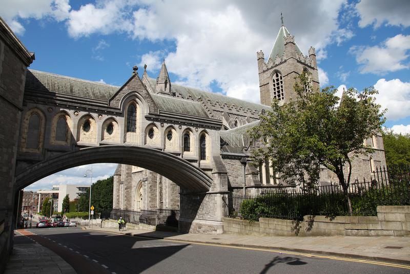 基督教会大教堂和桥梁对前宗教会议霍尔 库存图片