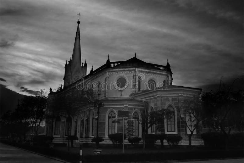 基督教会,蓝天backgroun的历史的基督教会 库存图片