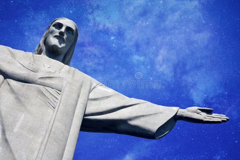 基督有银河的救世主在背景中 库存照片