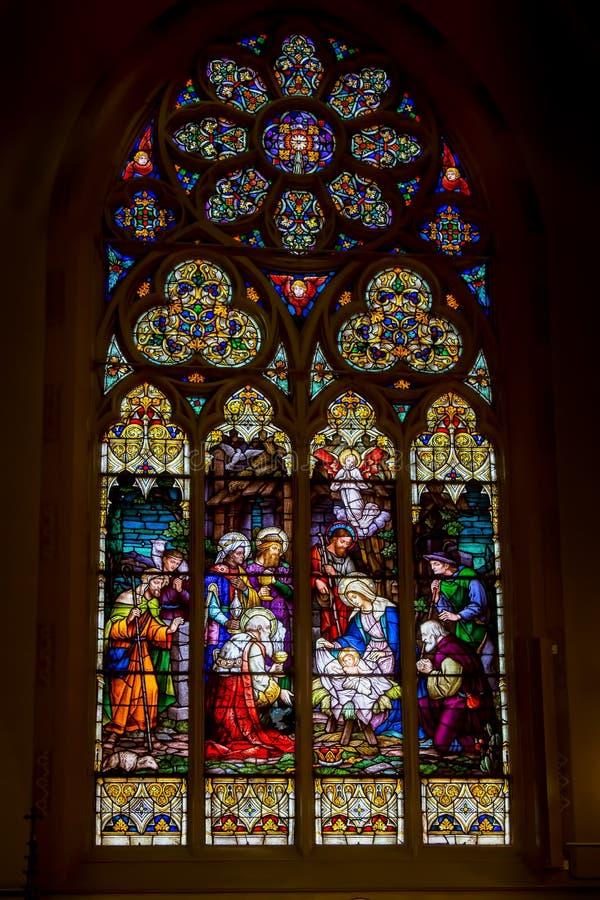 基督诞生污迹玻璃窗  免版税库存照片