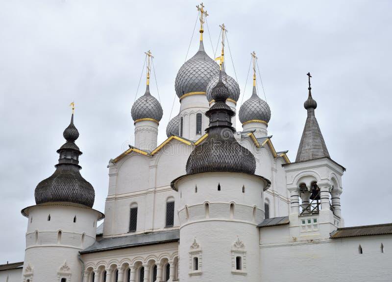 基督门的复活教会在罗斯托夫克里姆林宫,罗斯托夫,一金黄圆环最旧的镇,雅洛斯拉夫尔地区,俄罗斯 免版税库存照片