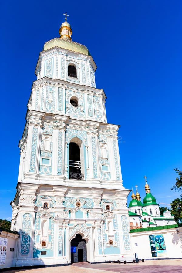 基辅, UNKRAINE - 2012年6月8日:圣徒索菲娅大教堂钟楼看法在Kyiv 库存图片