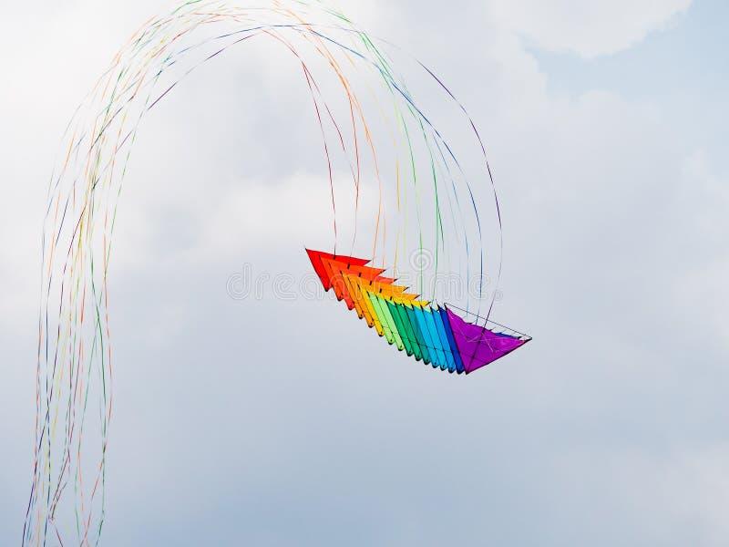 堆三角洲特技风筝 库存照片