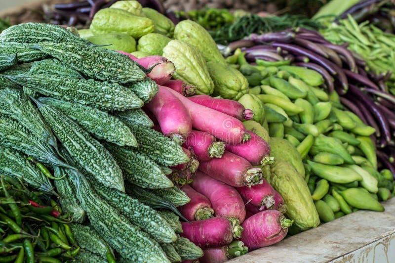 堆各种各样的菜和豆类 免版税库存图片