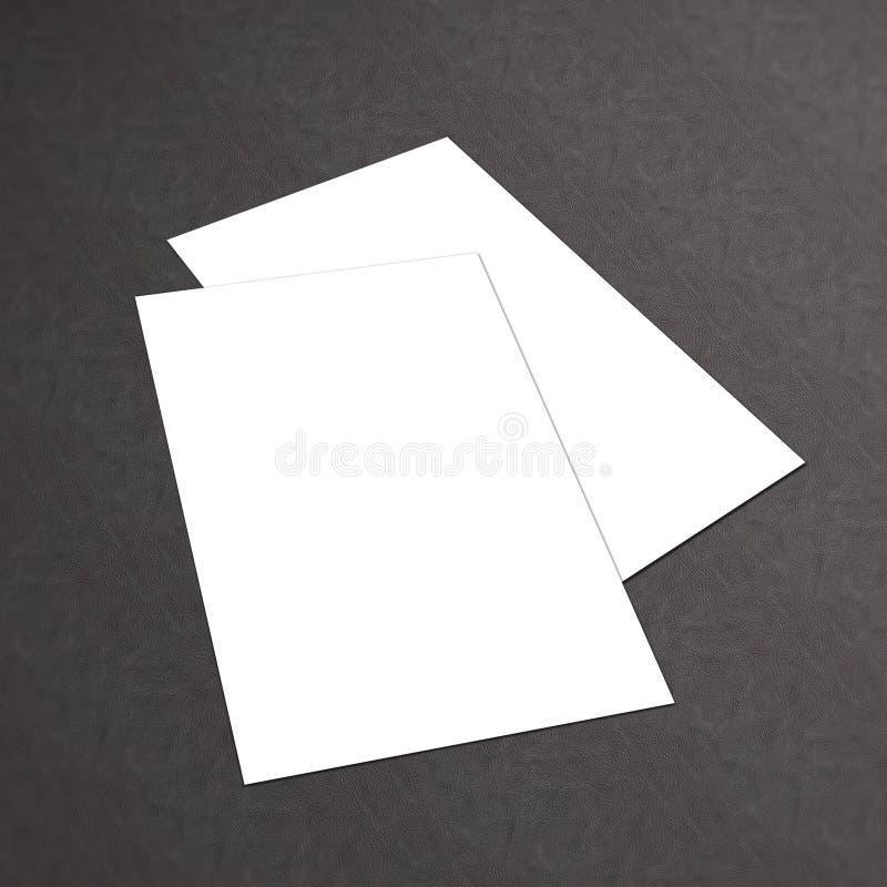 堆在白色织地不很细背景的空白的名片 免版税库存图片